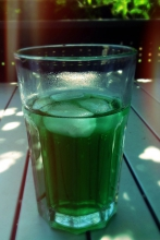 Innere Abkühlung 2<br>Wasser mit Minzsirup. Aus Frankreich importiert. Den Sirup. Selbst gemixt.