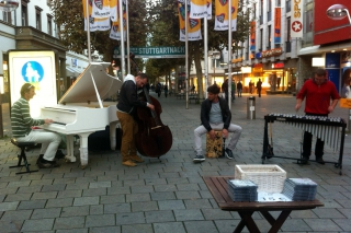 Honest Talk<br>Heißt diese Jazz-Gruppe aus München - die Jungs sind richtig gut...