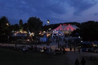 Das Tollwood-Festival<br>Im Sommer im Olympiapark, im Winter auf der Theresienwiese