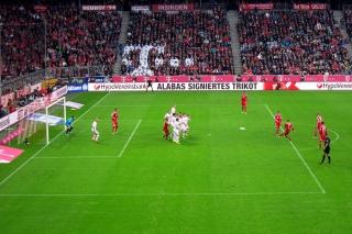 Bayern 1 - Augsburg 0<br>Zumindest gleich.