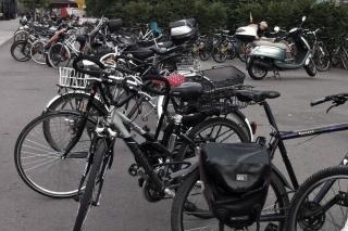 Im Radfahrer-Himmel<br>Hier eine Impression aus Pasing. Fahrräder überall.